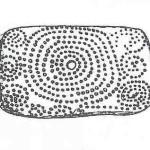Oudst bekende spiraal. Mal'ta in Siberië. 26.000 v. Chr. 7 cirkels en S-vormen rond het spiraal.