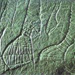 De 'Dames' van Gönnersdorf. Gönnersdorf. 10.500 v. Chr. Vier vrouwenfiguren begeven zich op een rij achter elkaar aan terwijl ze naar rechts bewegen. De lichamen zijn versierd. Museum für die Archeologie des Eisalters Neuwied, Duitsland.