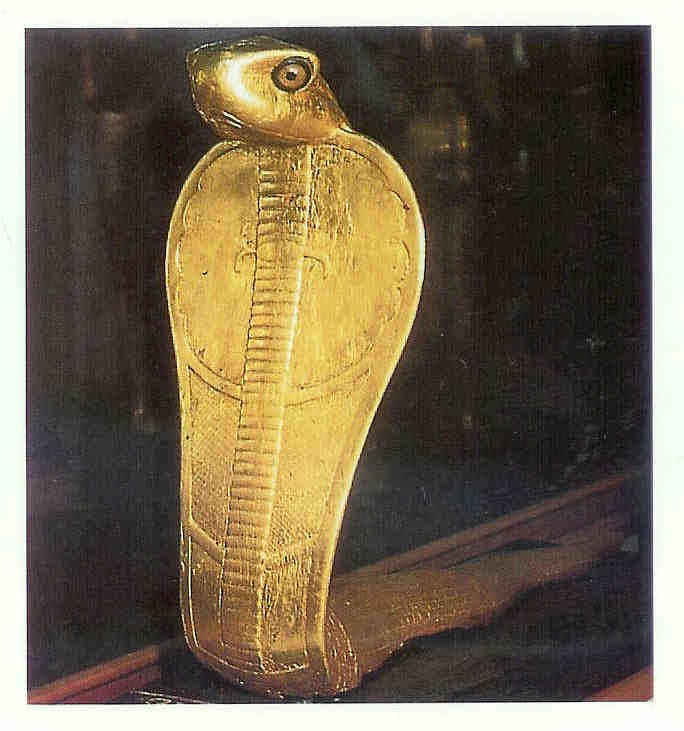 Neith. Cobra-godin. 1325 v. Chr. Thans in het Egyptisch Museum in Cairo.