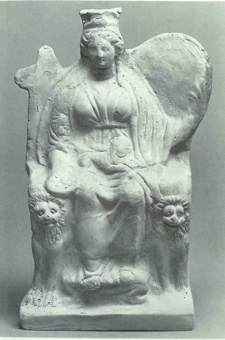 Kybèlè op haar leeuwinnentroon. Uit de Griekse stad Priene aan de kust van West-Turkije.