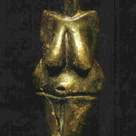 'Idool' van Strelice. Uit Moravië. 21.5 cm. Gebakken klei. 5e millennium v. Chr. Thans in Moravské Muzeum of het Moravisch Museum in Brno