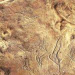 'Vrouwenfiguurtjes'. La Roche-de-Lalinde.  Zonder hoofd met dik achterwerk (staetopygie). Tussen 10 en 15 cm hoog. Uit Magdaliaan. Tussen 15.000-10.000 v. Chr. Uit Lalinde bij La Roche in de Dordogne.