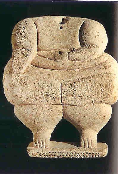 Schematische vrouwe uit Hagar Qim zonder hoofd.