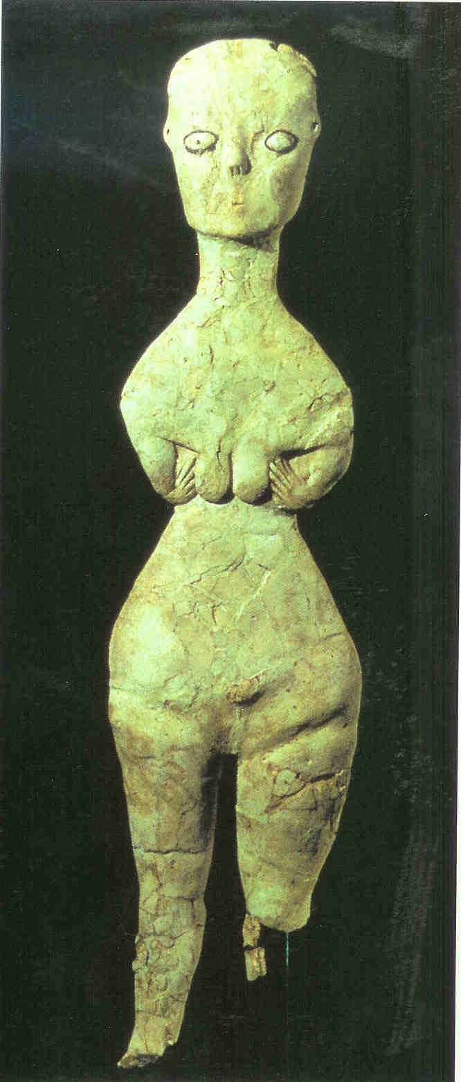 Stam- of voormoederbeeld. Stond in apart gebouw en werd zo gevonden. Ain Ghazal. 8e tot 6e millennium. Thans in het Nationaal Archeologisch Museum te Amman.